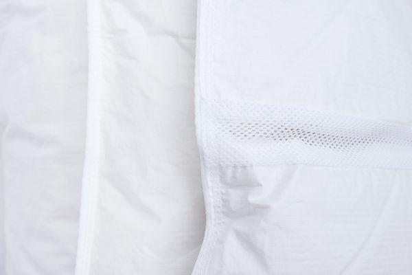 Ковдра Climate-comfort полегшена з сірим пухом